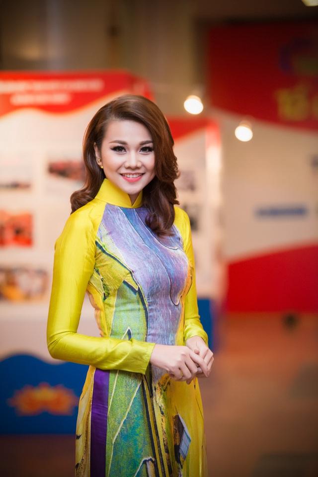 Siêu mẫu Thanh Hằng