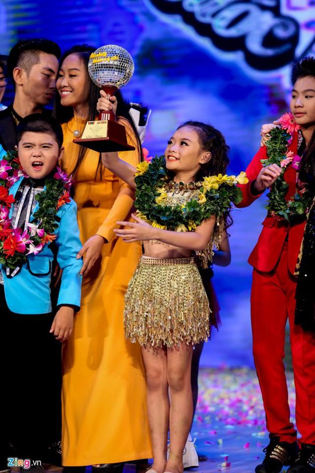 Linh Hoa trở thành chủ nhân của cúp vàng Bước nhảy hoàn vũ nhí