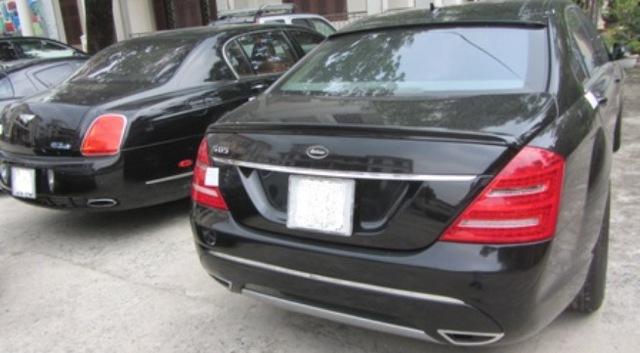 Một số siêu xe bị thu giữ trước khi bán đấu giá. Ảnh Đức Hoàng