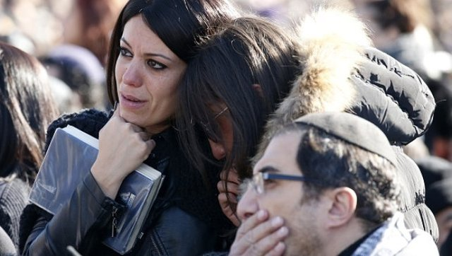 Mourners at the funeral of four Jews killed in an Islamist attack on a kosher supermarket in Paris last week