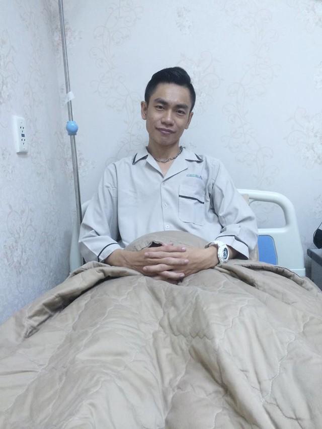 Tấn Phát tại bệnh viện
