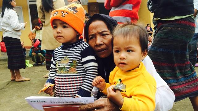 Bà Hồ Thị Thương đang nợ nần chồng chất vì đau ốm