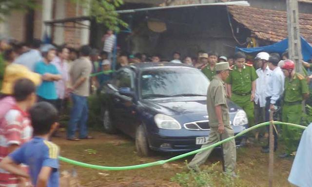 Bí thư huyện, cô gái, ôtô, ngộ độc khí gas