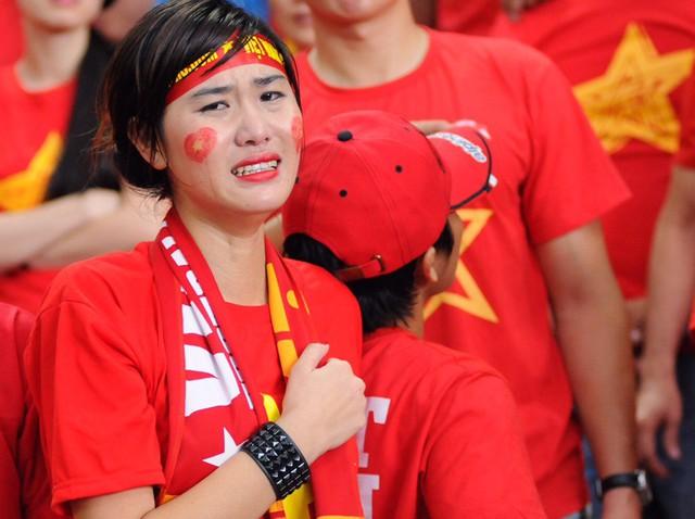 Thất bại 1-2 trước U23 Myanmar ở bán kết SEA Games 28 gieo nỗi buồn lớn cho người hâm mộ cũng như các học trò HLV Toshiya Miura.