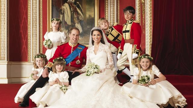 Cặp đôi tổ chức lễ cưới vào ngày 29/4/2011 tại tu viện Westminster, Anh.