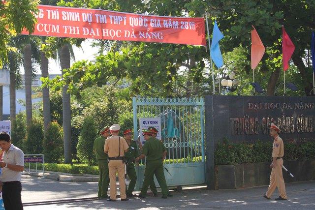 Lực lượng công an thành phố Đà Nẵng được huy động để đảm bảo an toàn kỳ thi.