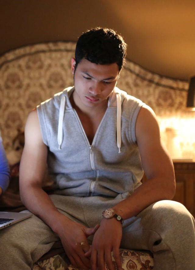 """Nam tiến là một quyết định táo bạo mà chàng trai 21 tuổi này đã quyết định sau khi nhận được vai diễn điện ảnh đầu tiên của mình trong phim """" Lạc giới"""" của Đạo diễn Phi Tiến Sơn. Sau đó Á quân Việt Nam Next Top Model tiếp tục nhận được một số vai diễn trong các bộ phim truyền hình khác. Tuy nhiên, những vai diên của anh chưa gây được ấn tượng nhiều ở người xem."""