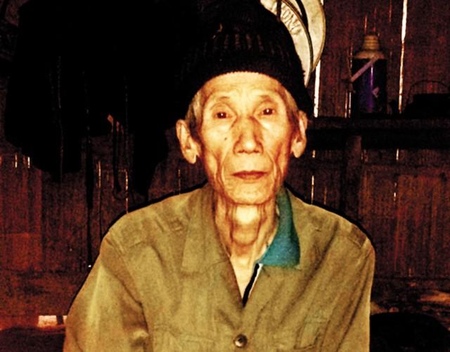 Già làng Giàng A Chu khẳng định, ông tin câu chuyện về người khổng lồ. Ảnh:L.M