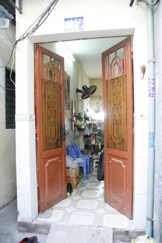 Căn nhà chật hẹp hơn chục mét, nơi nhạc sĩ tài hoa trú ngụ trong căn hẻm nhỏ