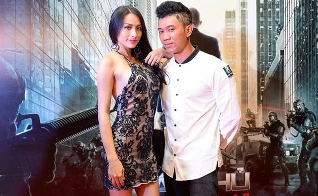 Ca - nhạc sĩ Lương Bằng Quang luôn đồng hành cùng bạn gái trong các sự kiện. Cặp đôi yêu nhau đã lâu nhưng chưa xác định khi nào sẽ tổ chức hôn lễ.