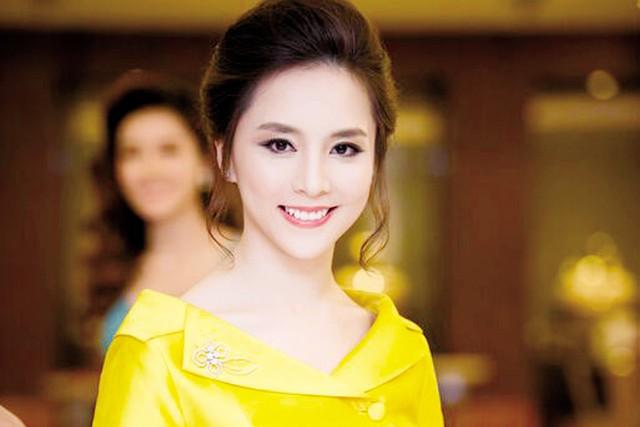 Á hậu Thiên Lý xuất hiện tại Hà Nội. Ảnh Chí Linh