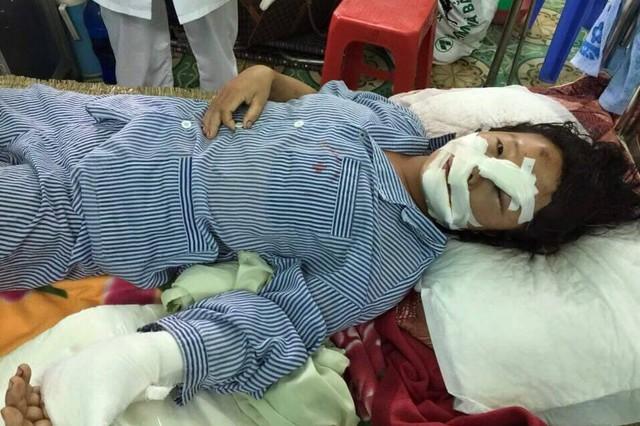 Nạn nhân được cứu chữa tại bệnh viện.