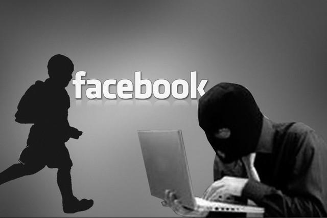 Việc đăng tải thông tin, hình ảnh của con cái lên Facebook vô tình sẽ trở thành cơ hội của bọn tội phạm. ảnh minh họa