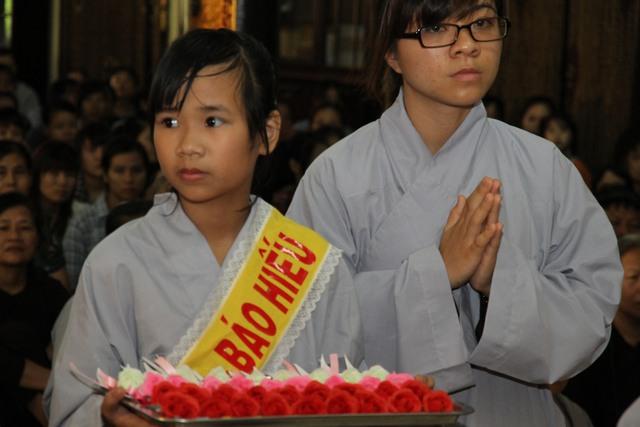 Theo đạo Phật, người dân không phải kiêng kị những gì dân gian vẫn đồn. Ảnh: Chí Cường