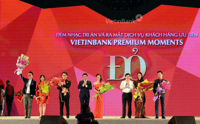 Đêm nhạc Đỏ được tổ chức tại Hà Nội trong tháng 5