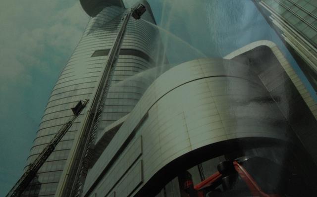 Diễn tập chữa cháy, cứu nạn, cứu hộ tại toà nhà Bitexco 86 tầng