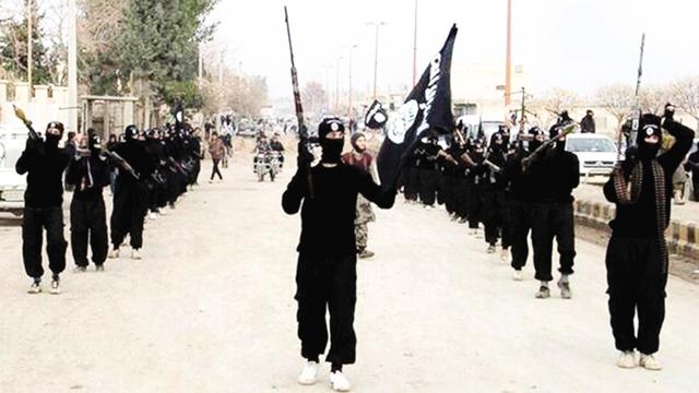 Tổ chức Nhà nước Hồi giáo (IS) gây ra hàng loạt vụ khủng bố, chết chóc không ngừng ám ảnh thế giới. Ảnh: CNN