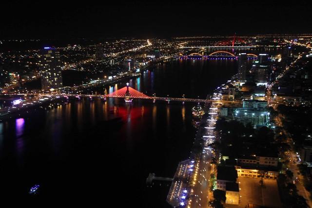 Một góc thành phố Đà Nẵng về đêm...Ảnh Đức Hoàng