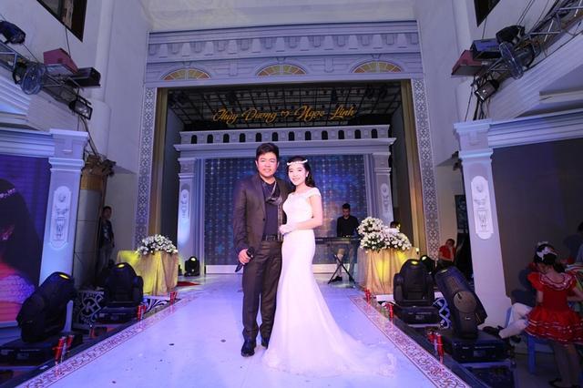 Ca sĩ Quang Lê và cô dâu