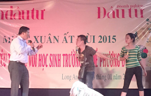Nhóm hài Đăng Lưu biểu diễn tiểu phẩm Số phận