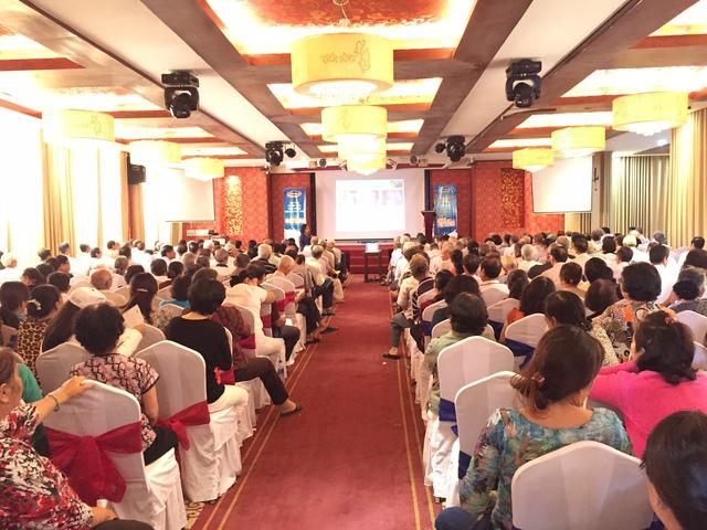 Gần 500 người tiêu dùng tại Khánh Hòa đã được tuyên truyền về quyền lợi của người tiêu dùng và được tư vấn về chăm sóc sức khỏe.