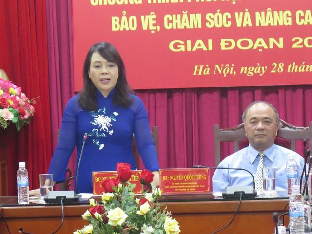 Bộ trưởng Bộ Y tế Nguyễn Thị Kim Tiến phát biểu tại buổi lễ