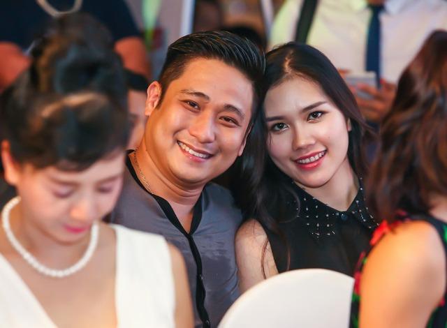 Vợ chồng diễn viên Minh Tiệp luôn tình tứ bên nhau