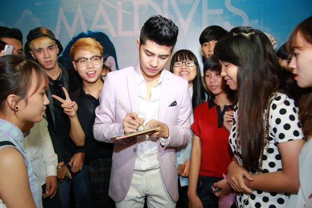 Chàng ca sỹ trẻ này hiện có lượng fan đông đảo đứng sau Sơn Tùng M-TP.