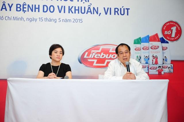 D:\Linh Huong\PROJECT\2015\LIFEBUOY\KAL AL\PHOTO\CHON\Pick\PGS.TS Trần Đắc Phu và Bà Trần Tuệ Tri-Unilever.jpg