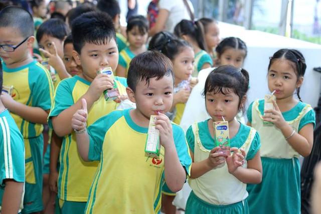 Sữa bột pha sẵn Enfagrow A+ 360 độ Brain Plus giúp bé học hỏi không giới hạn