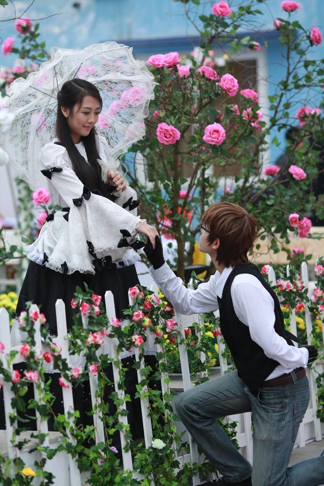 """Các cặp đôi sẽ trải nghiệm nụ hôn tập thể trong không gian lãng mạn của""""Lễ hội Valentine - Xuân 2015 - Nụ hôn tập thể"""