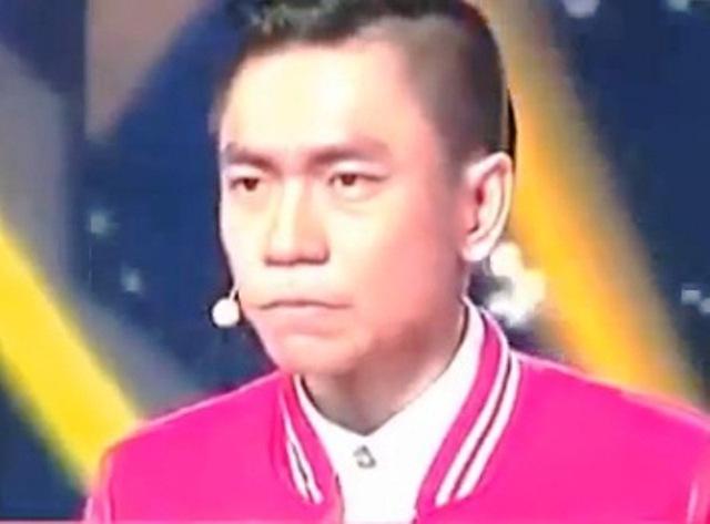 Tấn Phát gây tranh cải bởi màn biểu diễn uống nhầm a-xít trong cuộc thi VNGT.