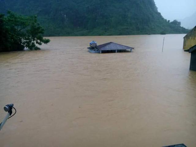 Các tỉnh miền Trung đang đối mặt với nguy cơ lũ chồng lũ khi trời đang mưa lớn. Ảnh: M.K