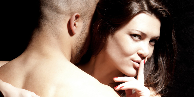 Đàn ông dù có vợ vẫn có nhiều lý do để khiến họ tự sướng. Ảnh minh họa