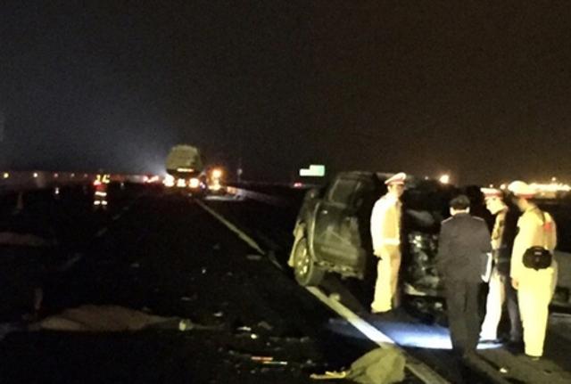 Hiện trường vụ tai nạn khiến 2 người đàn ông tử vong. Ảnh: G.Lộc