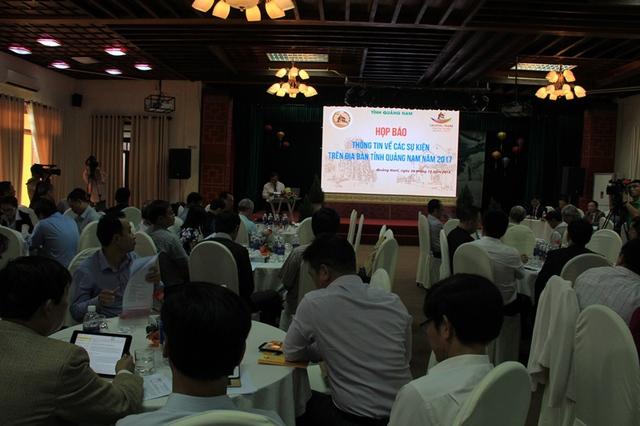 Quang cảnh buổi họp báo vào chiều 26/12 tại TP Hội An, Quảng Nam. Ảnh: Đức Hoàng