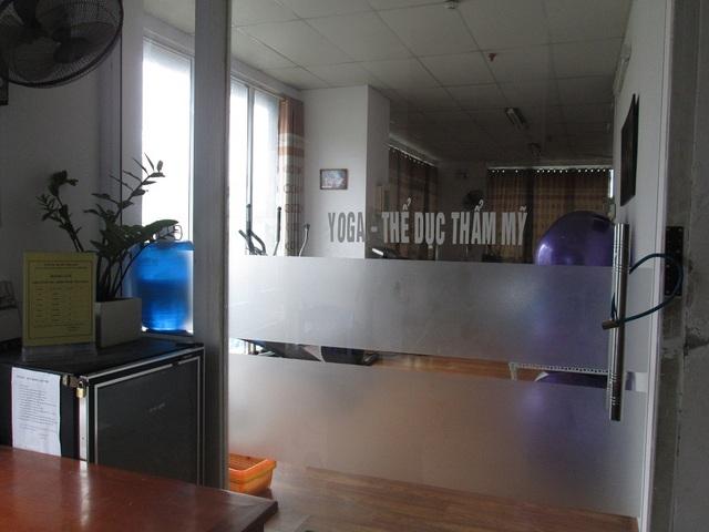 Phòng tập thể hình ngang nhiên đặt trong chung cư, không có cách âm nên rất ảnh hưởng tới các hộ dân xung quanh.
