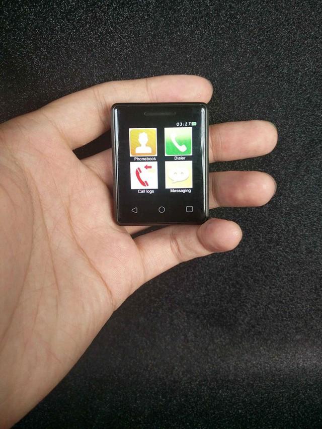Chiếc Vphone S8. Ảnh: Phoneradar.