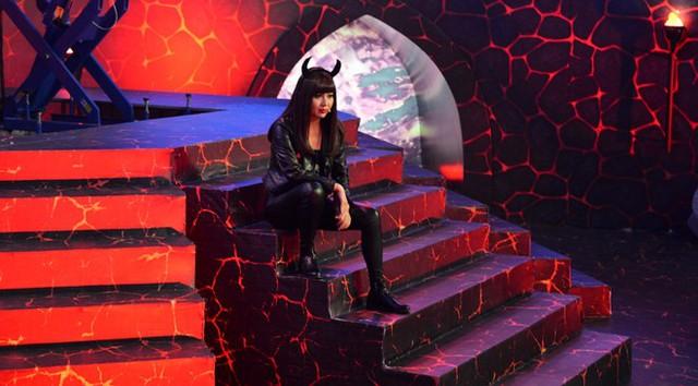 Sau một thời gian vắng bóng, Lê Khánh gây bất ngờ với hình tượng sexy đột phá trong một gameshow mới sắp ra mắt. Ảnh: NVCC.