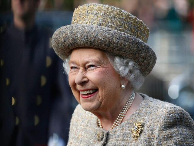 Do bị cảm lạnh nên Nữ hoàng Anh sẽ không thể dự lễ tại nhà thờ Sandringham dịp lễ Giáng sinh.