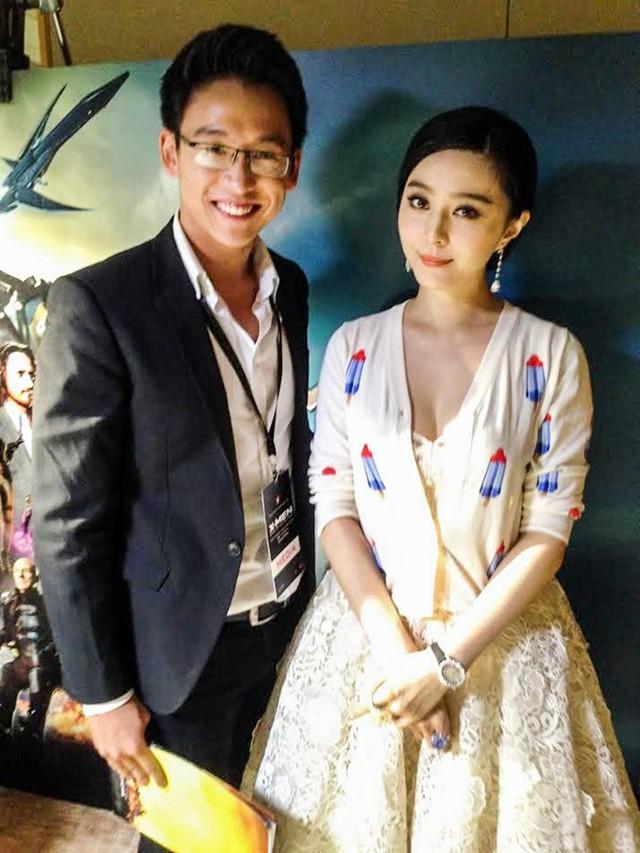 Quang Bảo trong buổi phỏng vấn Phạm Băng Băng.