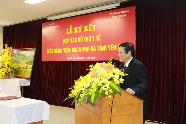 Thứ trưởng Bộ Y tế Nguyễn Viết Tiến phát biểu tại lễ ký kết