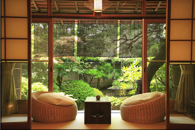 Người Nhật hiếm khi sử dụng rèm cửa.