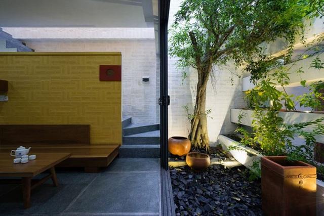 Những khoảng vườn bố trí xen kẽ đảm bảo sự thoáng, mát cho các khối nhà.