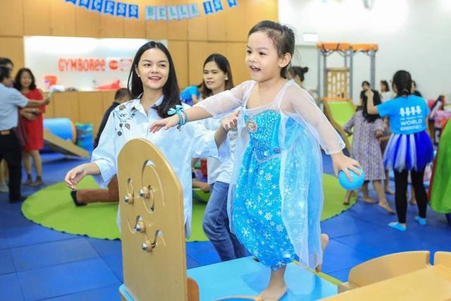 Hình ảnh gần đây nhất của Tuệ Lâm lên 4 tuổi.