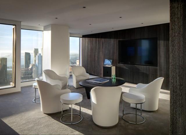 Không căn hộ nào trong 181 Fremont giống nhau hoàn toàn, một phần bởi chung cư này được xây theo hình búp măng lên đỉnh. Bố cục mỗi căn hộ được thay đổi để mở rộng không gian tối đa.