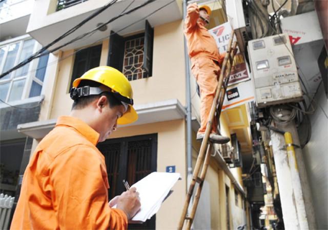 Giá điện tăng hơn 6% khiến nhiều doanh nghiệp lo lắng. ảnh: T.G