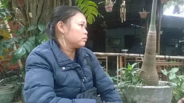 Chị Hiền (mẹ cháu Hùng) hết sức lo lắng vì đã gần 10 ngày nay vẫn không biết con trai đang ở đâu. Ảnh: L.C