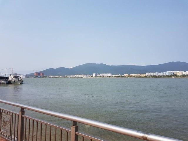 Khu vực sông dự định làm hầm chui qua sông Hàn. Ảnh: Đức Hoàng