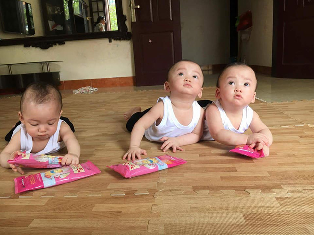 Những khoảng khắc vô cùng đáng yêu của 3 bé.
